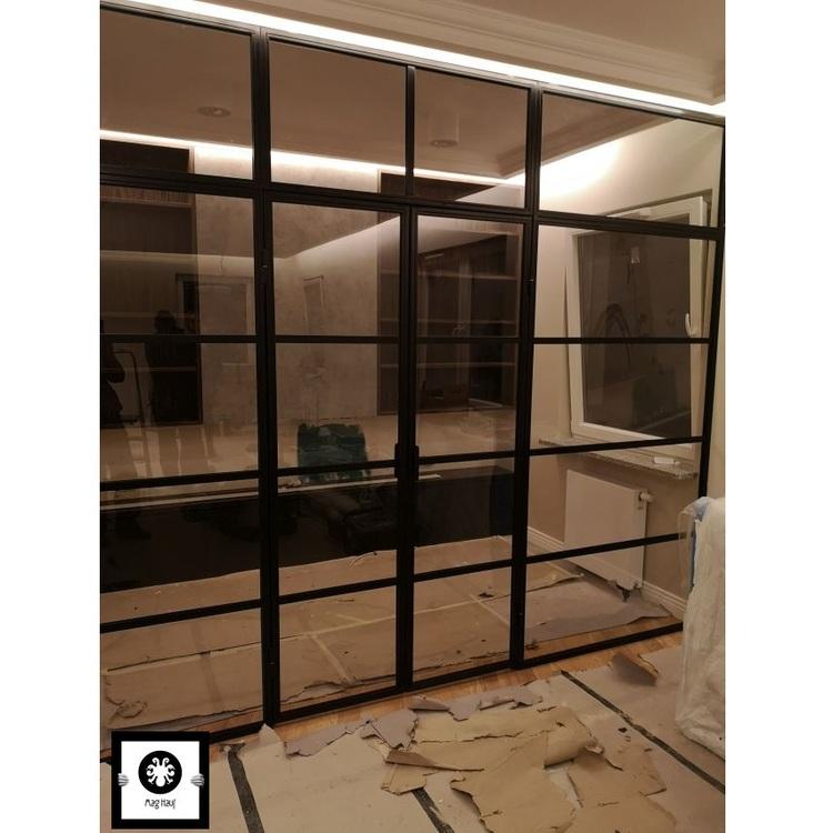 Stalowo szklana scianka LOFT z dwuskrzydłowymi  drzwiami Łódź