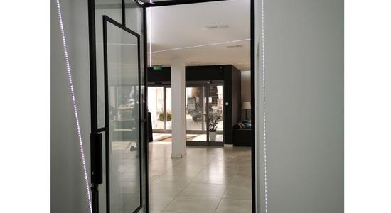 Drzwi industrialne LOFT z zamkiem Hotel Nad Kanałem Bydgoszcz Mag Haus producent